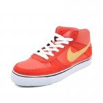 Original  nike  men's skateboarding shoes sneakers 386611-670  free shipping