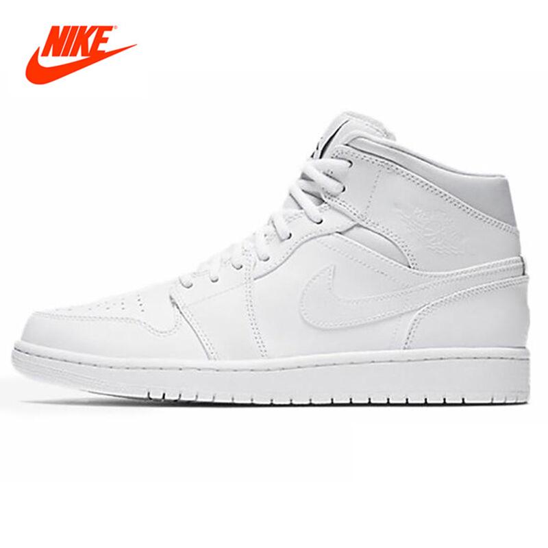 white nike high top shoes